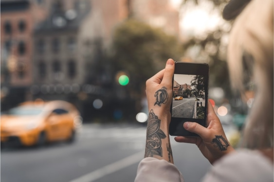 Lataa oma kuva